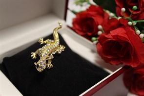 """Брошь из Дубайского золота """"Ящерица на любовь"""""""
