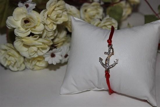 Браслет красная нить с подвеской в виде якоря - фото 26343