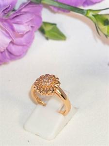 """Кольцо из дубайского золота  """"Нежность цветка"""""""